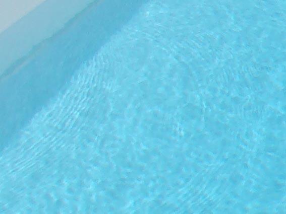 Liner de piscine couleur d 39 eau 14 delalande piscines - Piscine liner gris clair ...