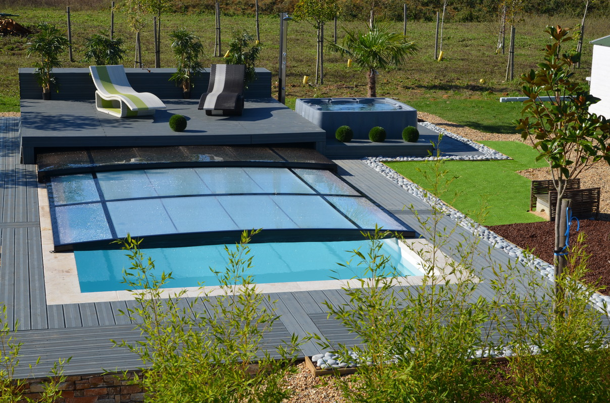 Photo de piscines r alisations dans le calvados - Couverture securite piscine ...