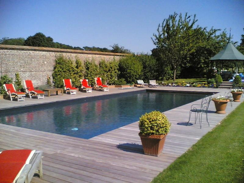 Construction de piscine dans le calvados deauville - Liner noir pour piscine ...